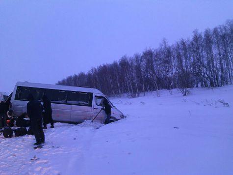 ДТП между автобусами вШарлыкском районе: помощь понадобилась 32 пассажирам
