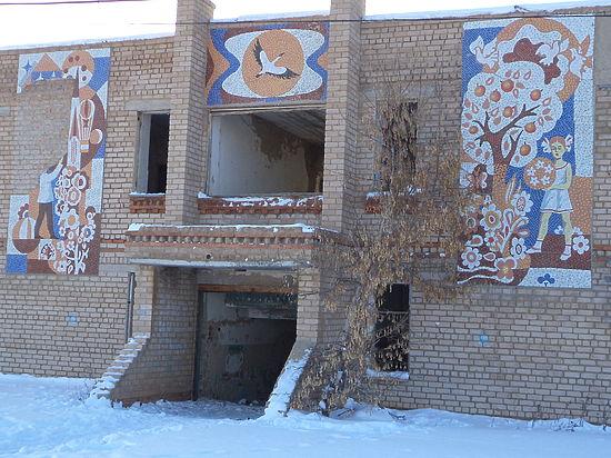 В Янгиз-Марьевке здания детского сада и клуба в руках у частников