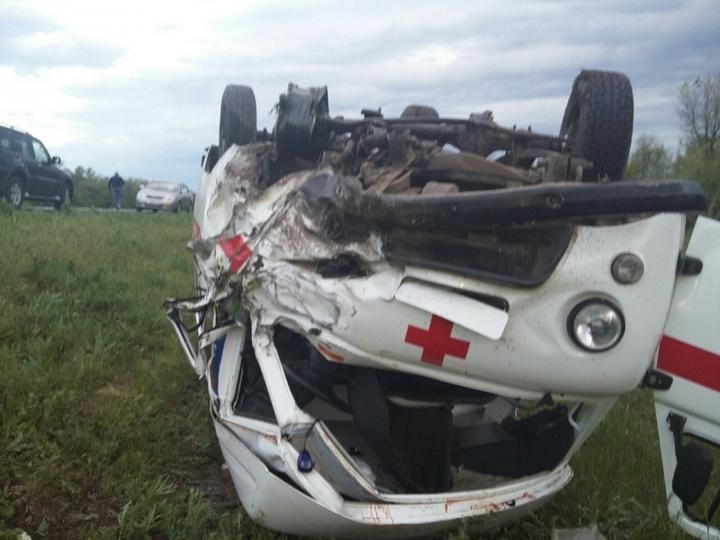 Натрассе Оренбург-Илек столкнулись «скорая» и«Датсун», оба водителя скончались