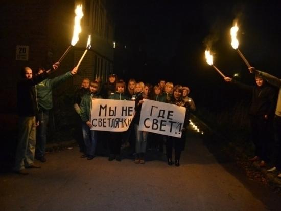В Переволоцком районе 3 месяца нет уличного освещения