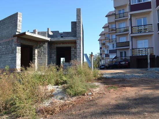 В Оренбурге проблемы жильцов дома на Турбинной по-прежнему не решили
