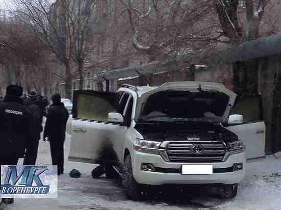 ВОренбурге неизвестные убили бизнесмена иего 7-летнего сына