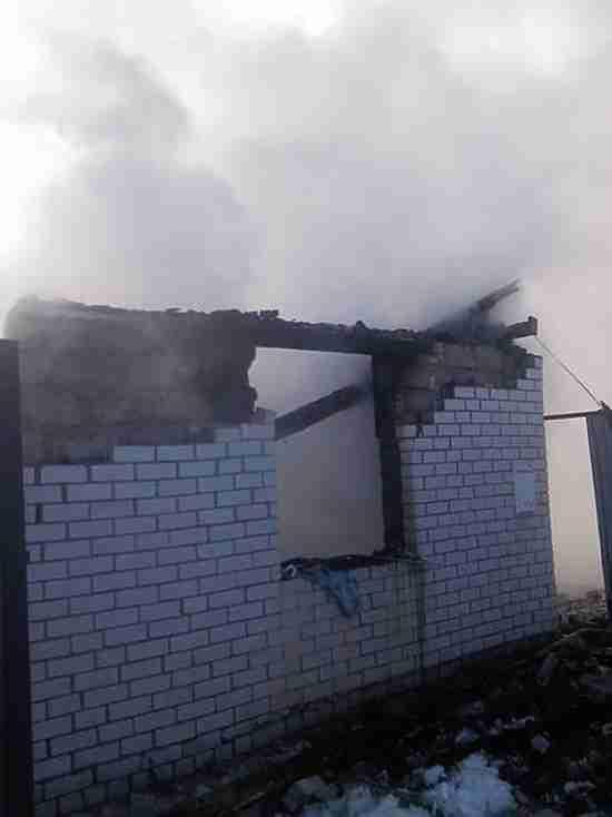 Причиной пожара в Сорочинске мог стать взрыв газового баллона
