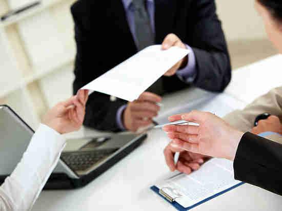 Оренбурженка думала, что подписывает договор займа, а оказалось, что продает квартиру