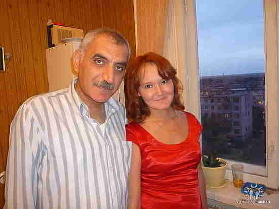 В Новотроицке мужчина после смерти супруги один воспитывает 9 детей