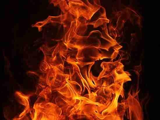 В Оренбурге ранним утром горел киоск