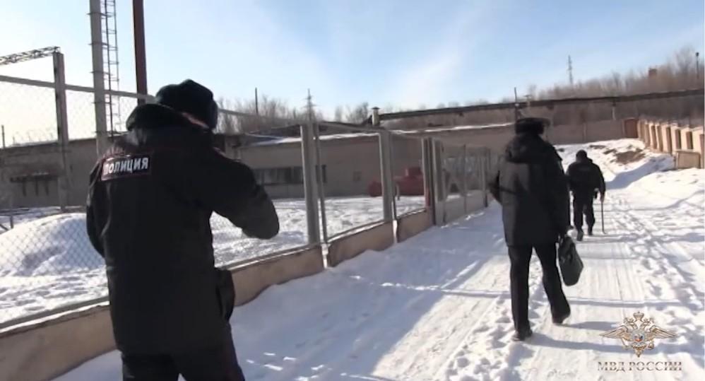 Милиция  отыскала  подпольную майнинг-ферму назаброшенном заводе вОренбурге